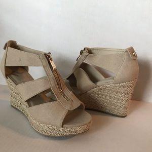 Report Taupe Wedge Espadrille  Heels Zipper Size 8
